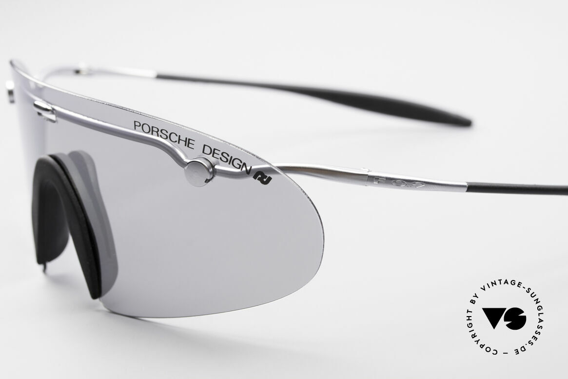 "Porsche 5692 F09 Flat Shades Silver Mirrored, with a slightly silver MIRRORED lens = ""panorama view"", Made for Men"