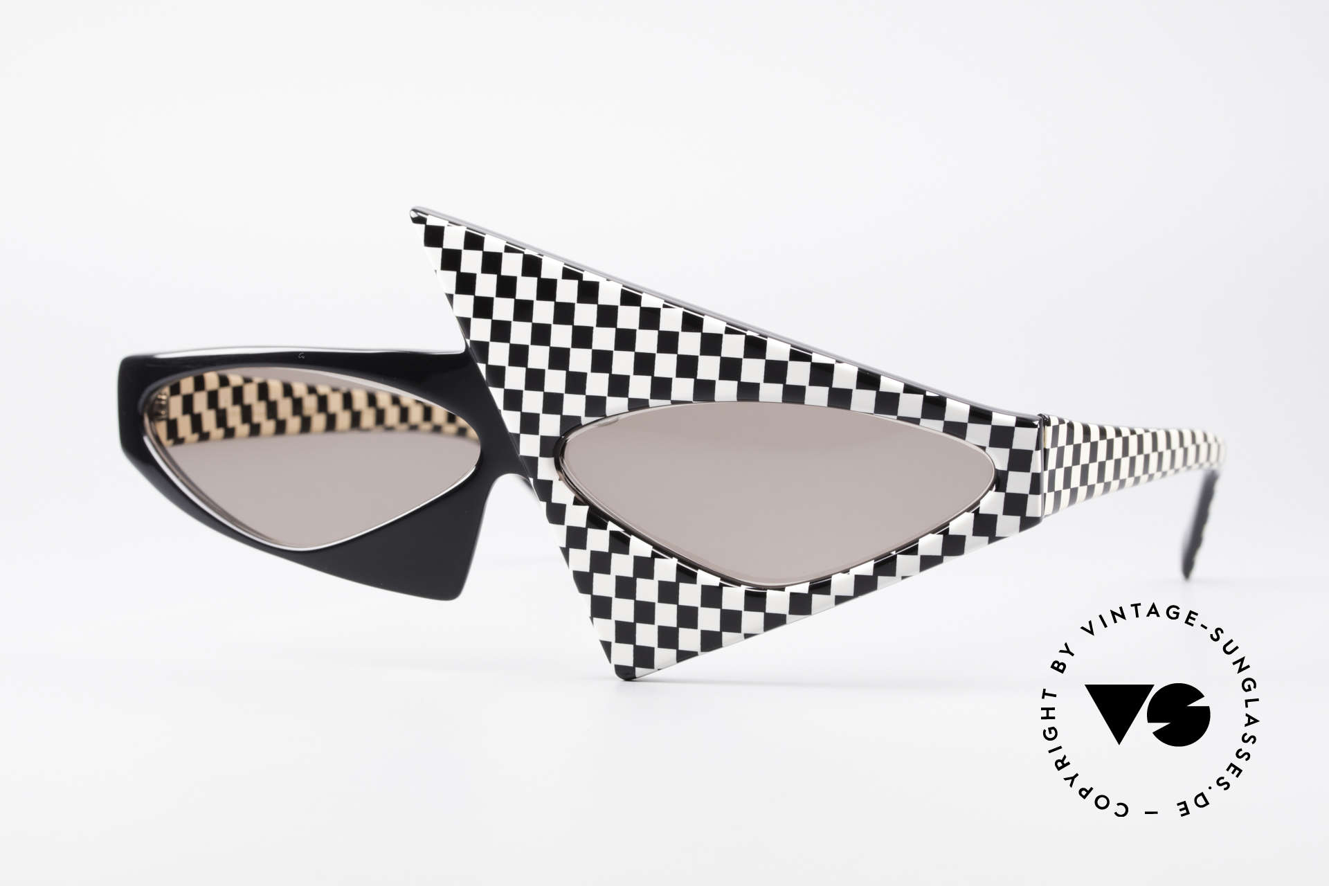 Alain Mikli 030 / 118 Haute Couture Fashion Show, extremely wacky Alain Mikli sunglasses from 1982, Made for Women