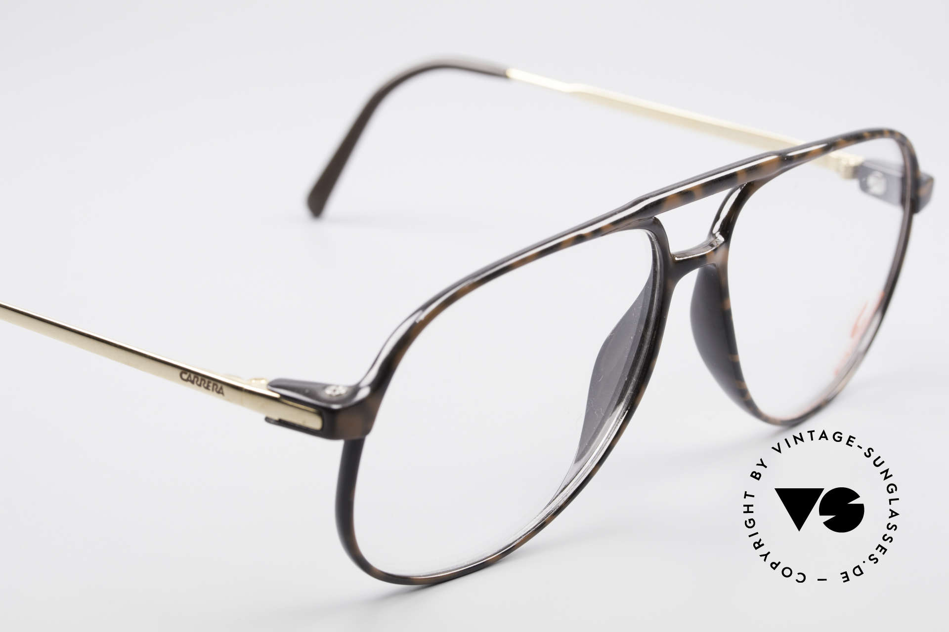 Carrera 5355 Carbon Fibre Vintage Frame, noble coloring / pattern in a kind of 'coffee brown', Made for Men
