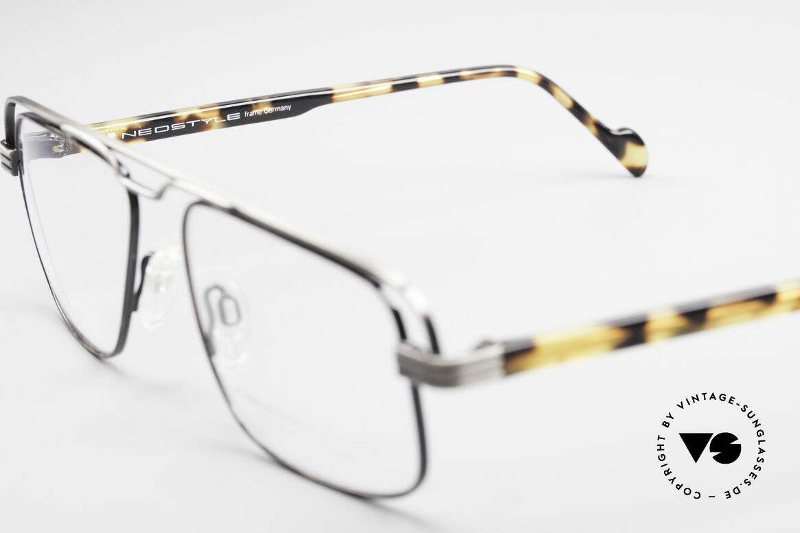 Neostyle Jet 230 80's Vintage No Retro Glasses, unworn (like all our vintage NEOSTYLE eyeglasses), Made for Men