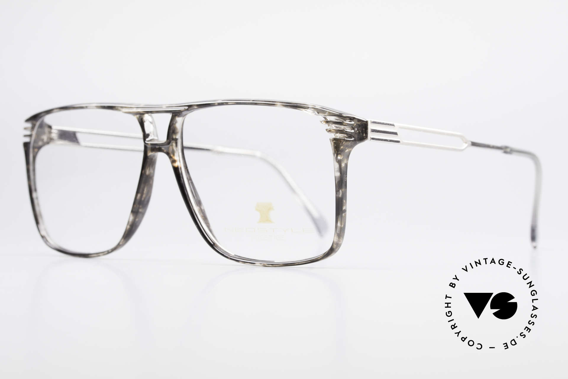 Neostyle Rotary Prestige 33 Titan Frame 80's Eyeglasses, grayish-clear frame coloring (characteristical 80's), Made for Men