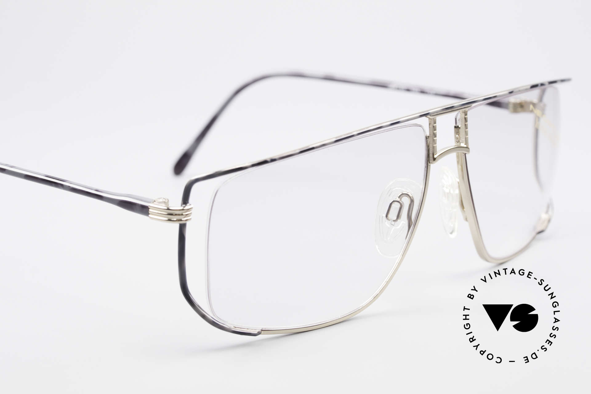 Neostyle Jet 30 Small True Vintage No Retro Frame, the demo lenses can be replaced with lenses of any kind, Made for Men and Women
