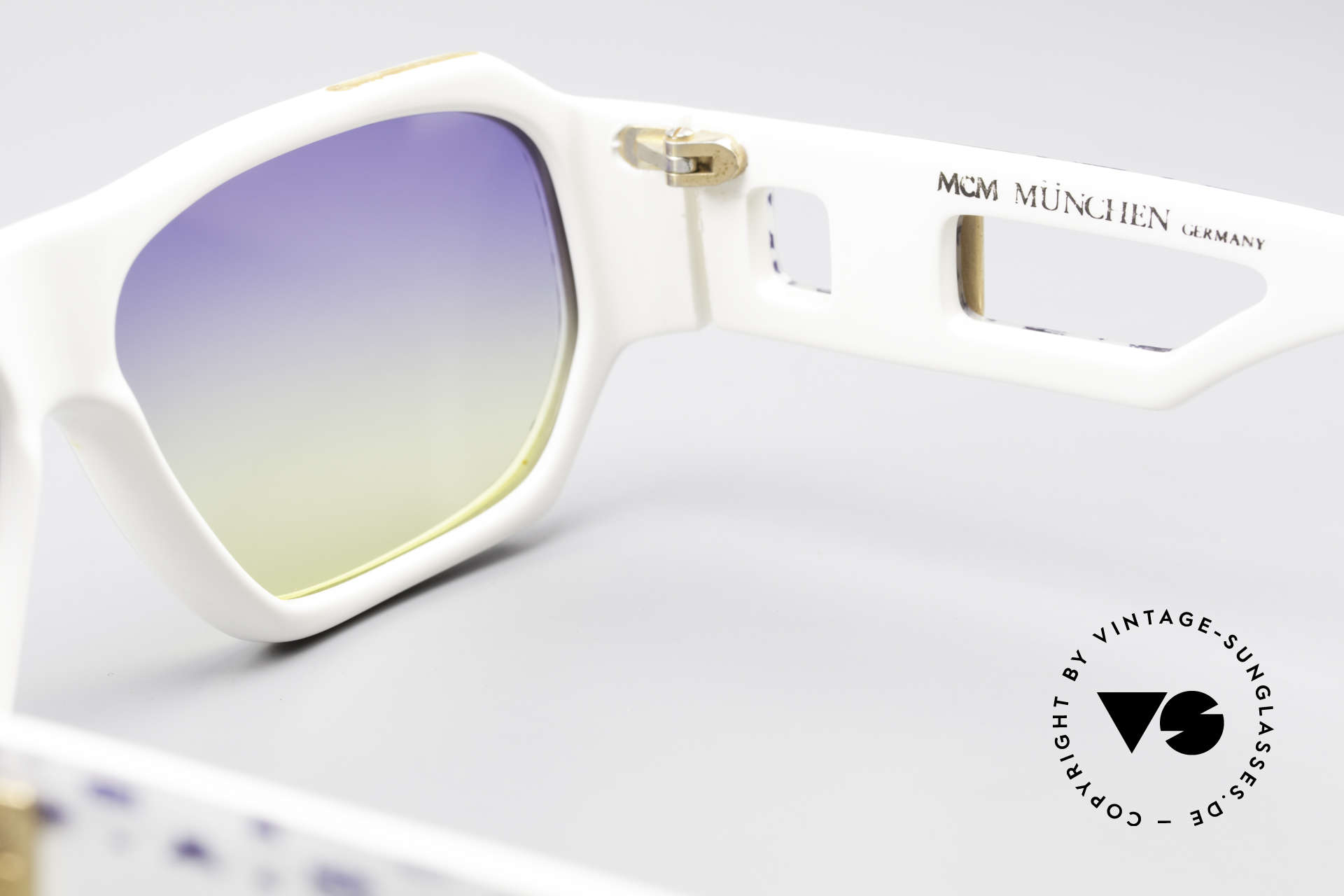 MCM München A2 Rare Designer Sunglasses 80s, NO RETRO, but a rare 80's original + Lacoste case, Made for Men and Women