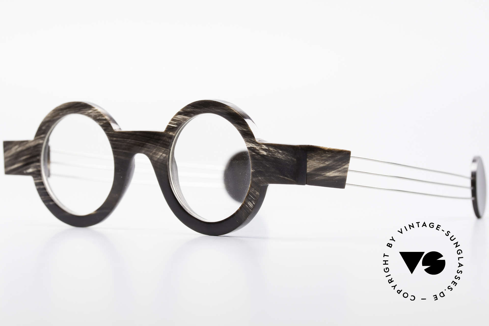P. Klenk Bold 023 Horn Frame Twistable Temples, every horn model looks individual (pure natural material), Made for Men and Women