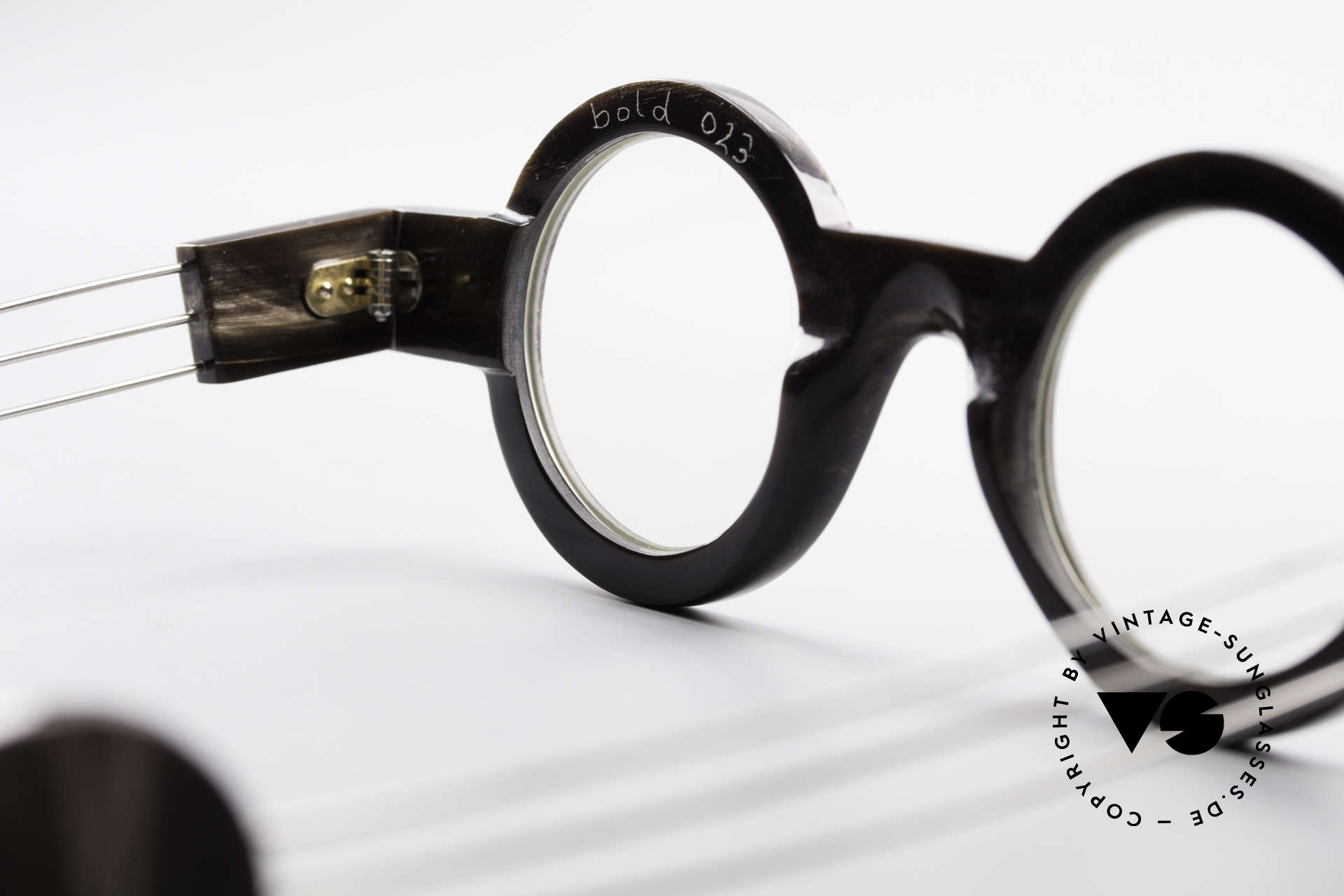 P. Klenk Bold 023 Horn Frame Twistable Temples, Size: medium, Made for Men and Women