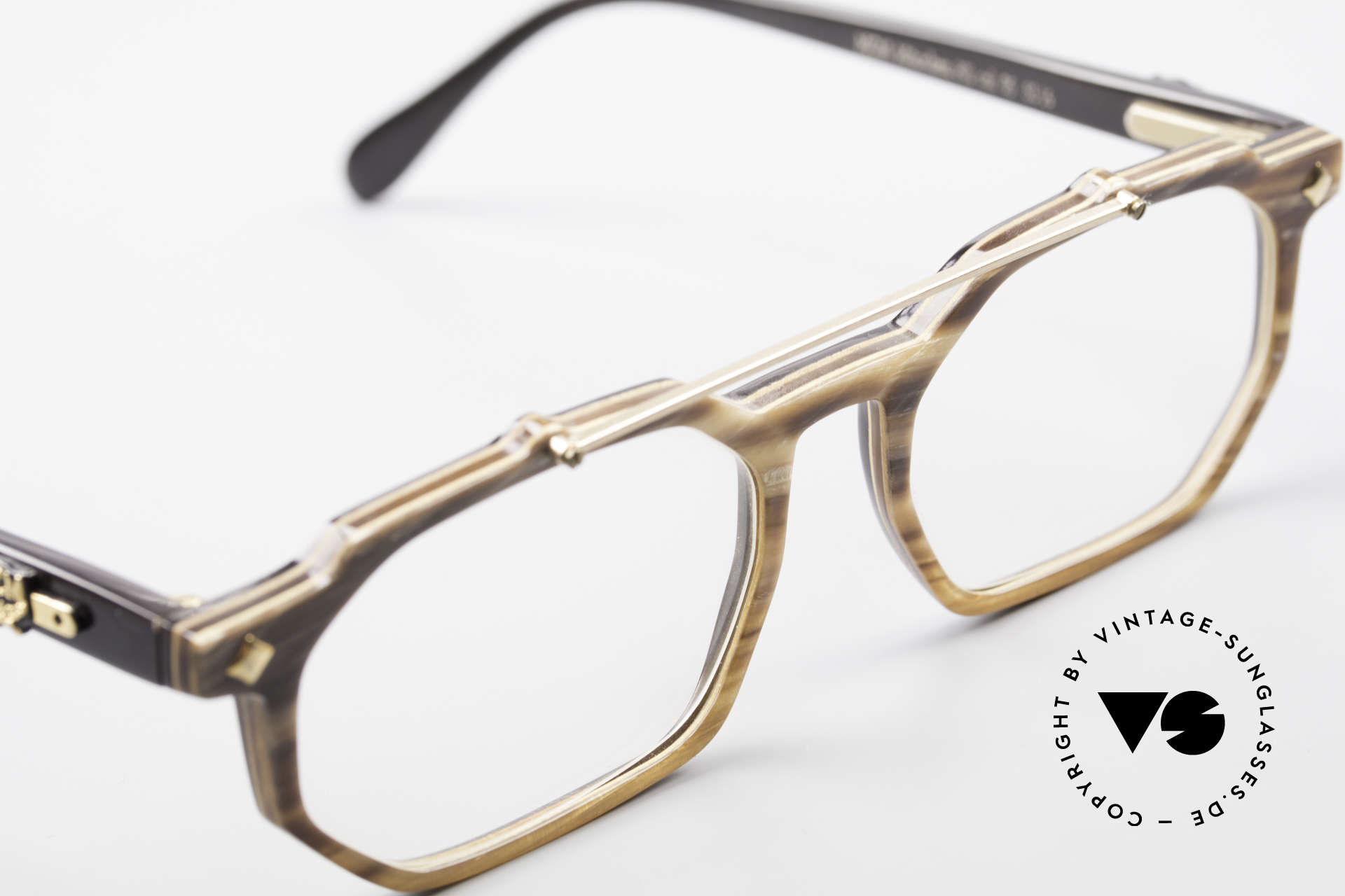 MCM München 301 Buffalo Horn Vintage Frame, never worn (like all our vintage MCM eyewear), Made for Men and Women
