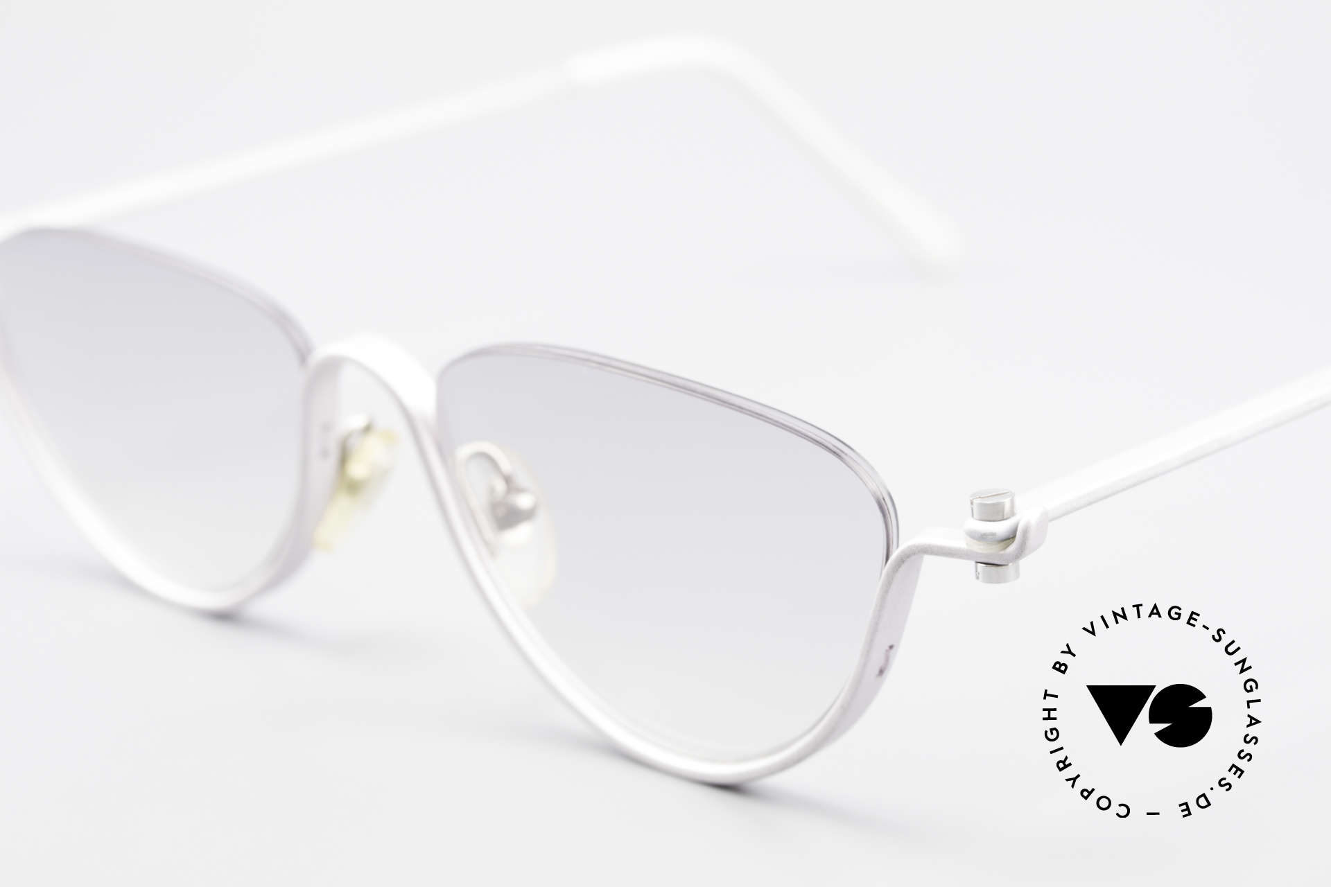 ProDesign No10 Gail Spence Design Sunglasses, N°ONE worn in the movie 'The Hunt For Red October', Made for Women