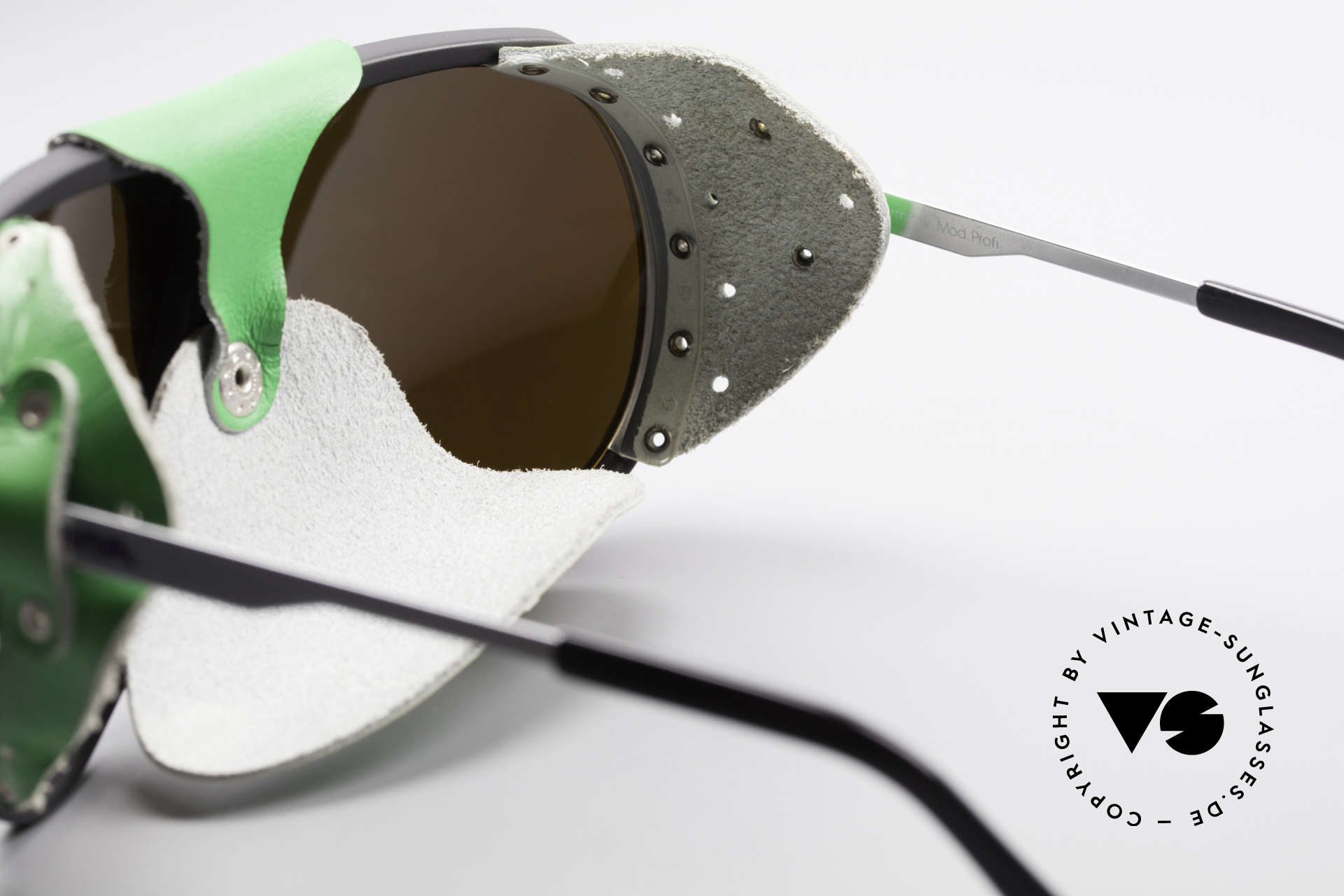 Alpina Profi Sports Glacier Sunglasses, reduced to 199,-€ due to a tiny scratch on the left lens, Made for Men and Women