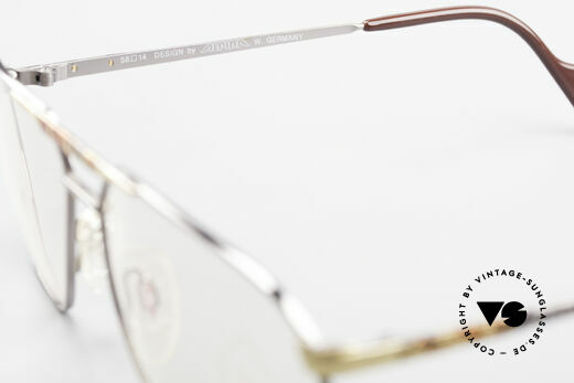 Alpina FM28 80's Designer Eyeglass-Frame, demo lenses can be replaced with optical lenses, Made for Men