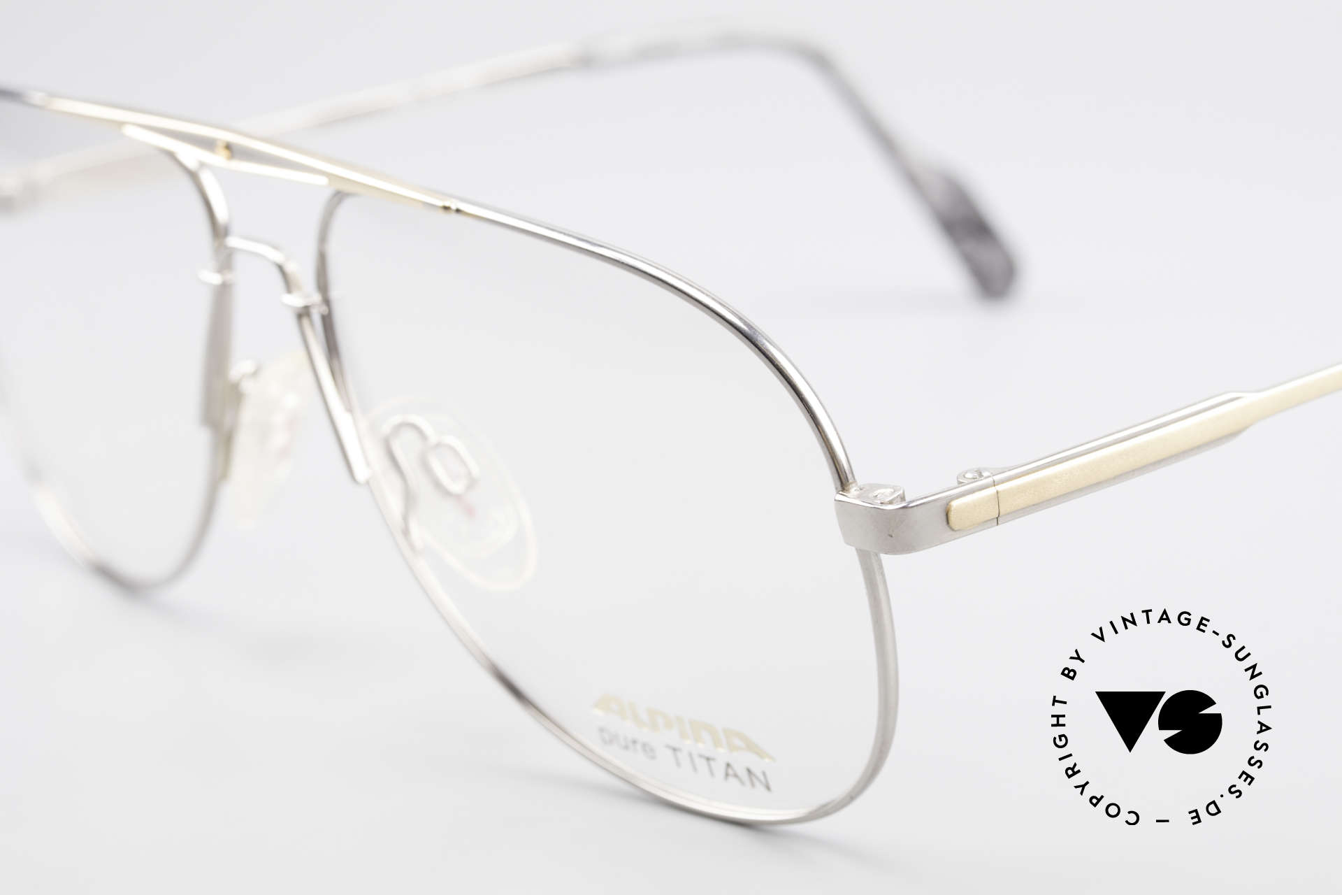 Alpina M1FT Vintage Aviator Titan Frame, unworn (like all our vintage eyeglasses by Alpina), Made for Men