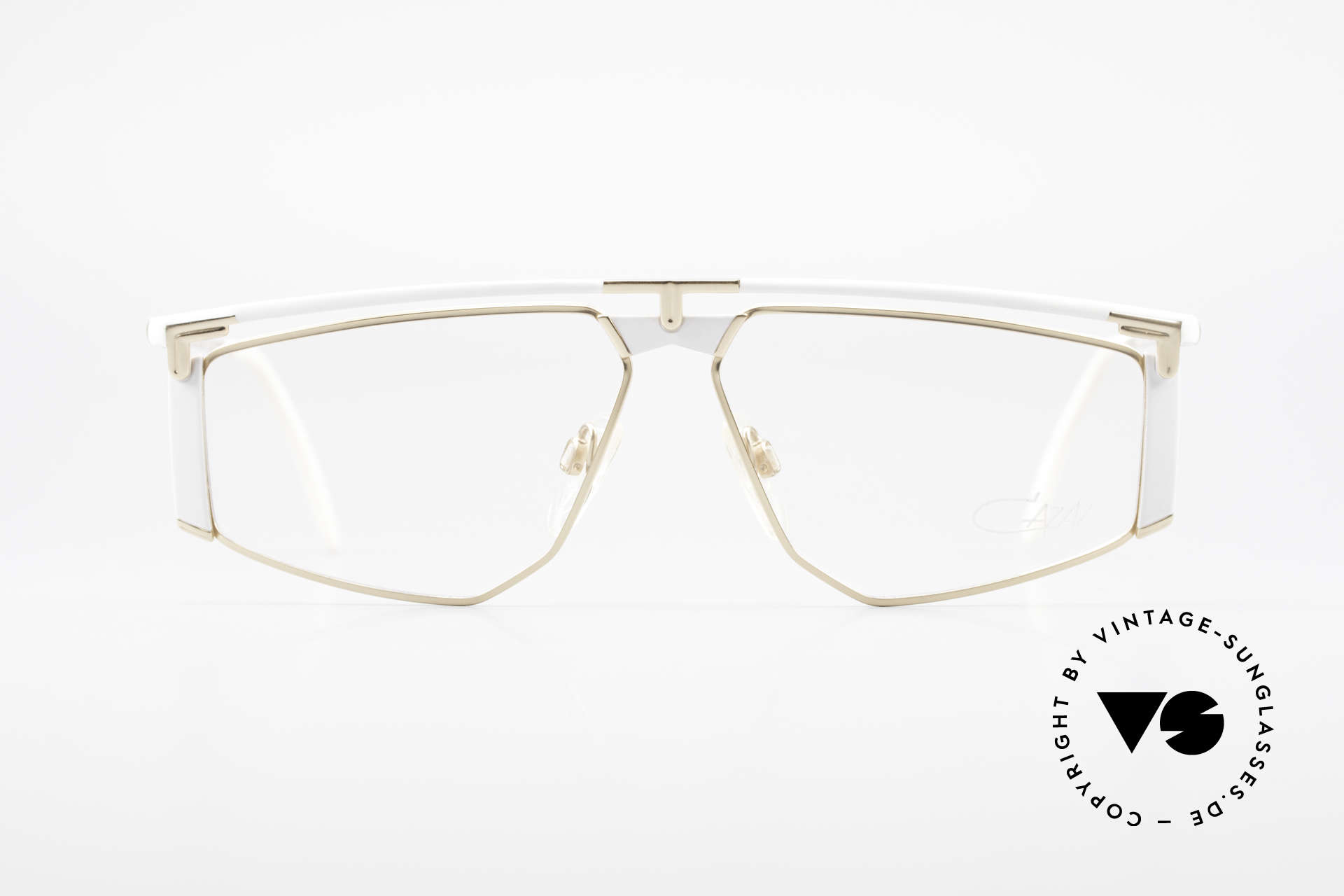 Cazal 235 Titanium Vintage Cazal Frame, 1. class wearing comfort thanks to lightweight material, Made for Men and Women