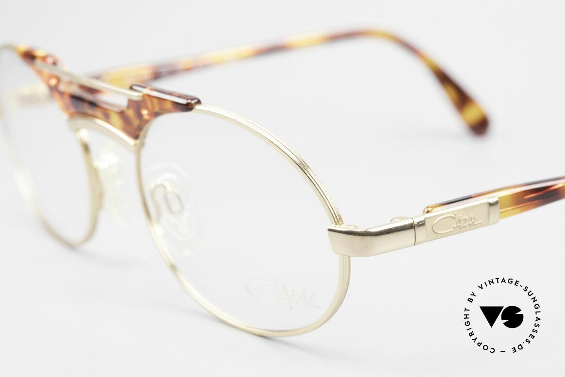 Cazal 749 Oval Designer Frame Unisex, never worn (like all our vintage CAZAL rarities), Made for Men and Women