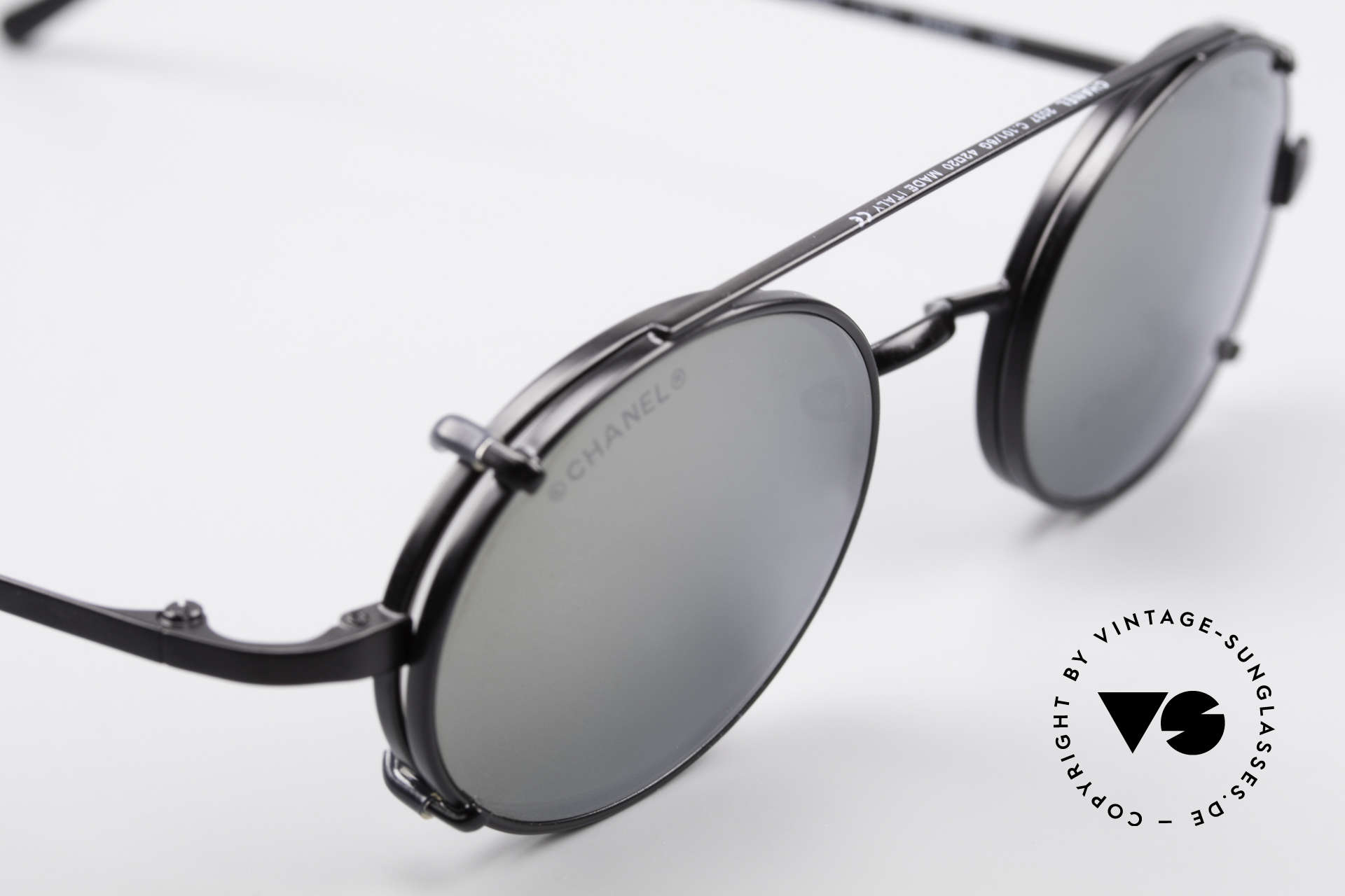 Chanel 2037 Luxury Glasses With Clip On, unworn designer shades (incl. original case by Chanel), Made for Men and Women