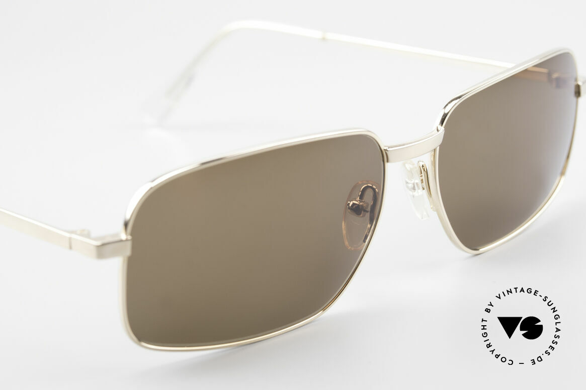 Helmut Lang SHL62A Stylish Titanium Sunglasses, never worn (like all our vintage HELMUT LANG shades), Made for Men