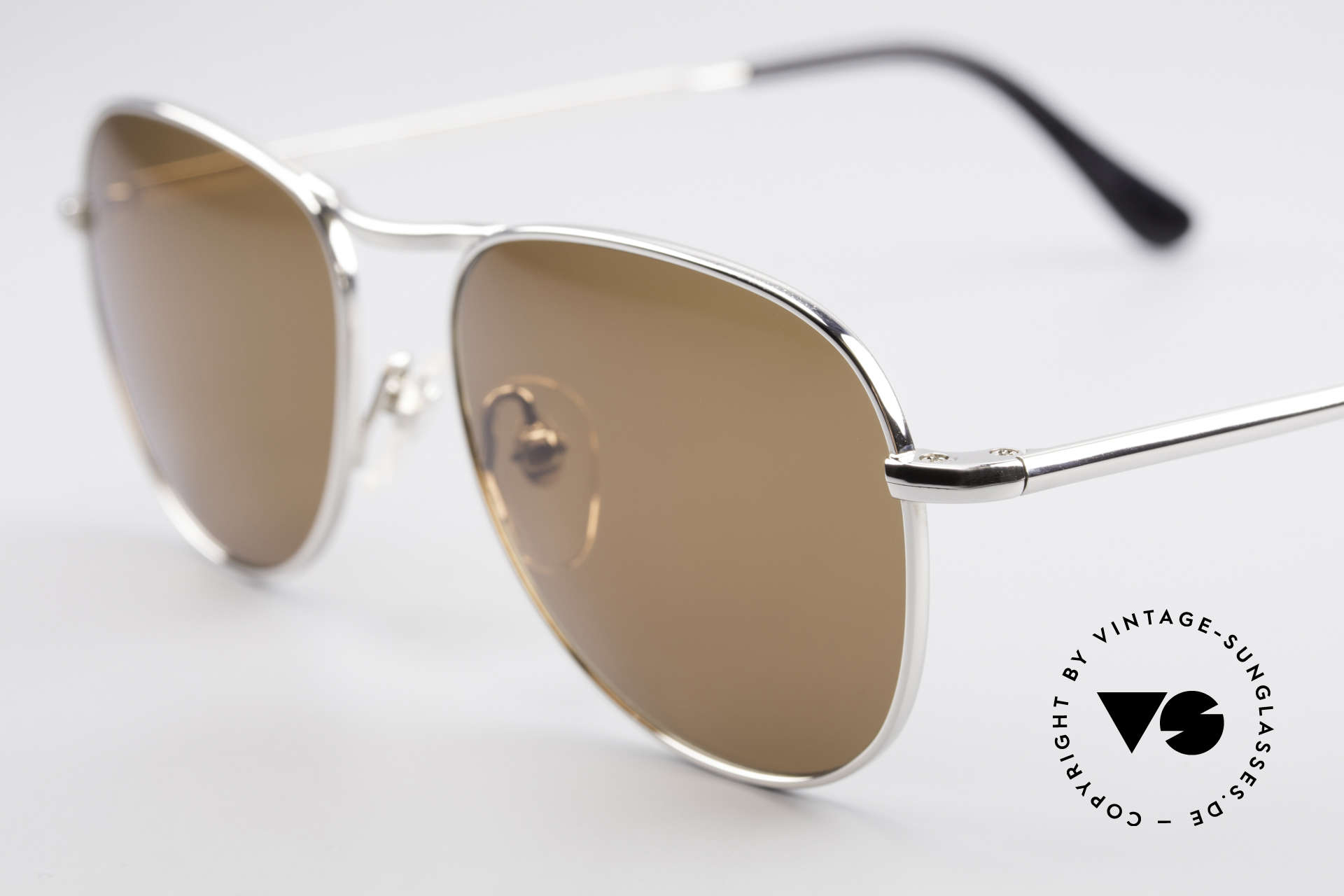 Helmut Lang 21-0006 Titanium Sunglasses Timeless, top-notch quality & very pleasant to wear; lightweight, Made for Men