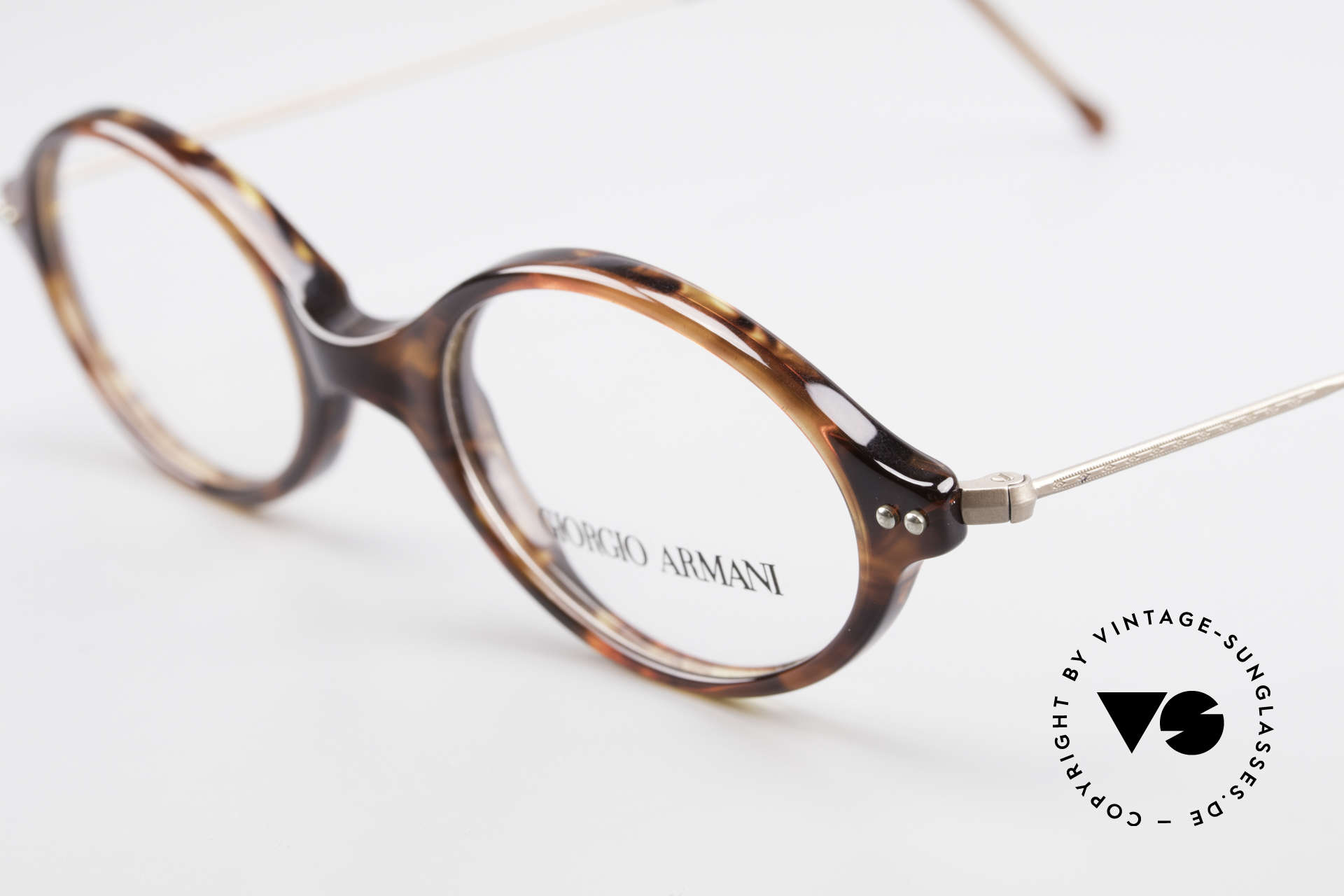Giorgio Armani 378 90's Unisex Eyeglasses Oval, top quality and very comfortable (weighs only 9g), Made for Men and Women