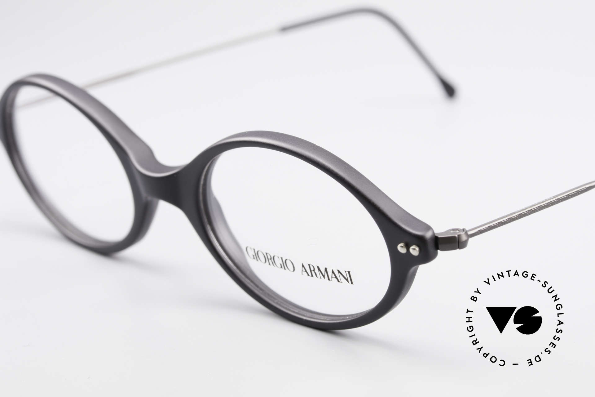 Giorgio Armani 378 90's Vintage Unisex Frame Oval, top quality and very comfortable (weighs only 9g), Made for Men and Women