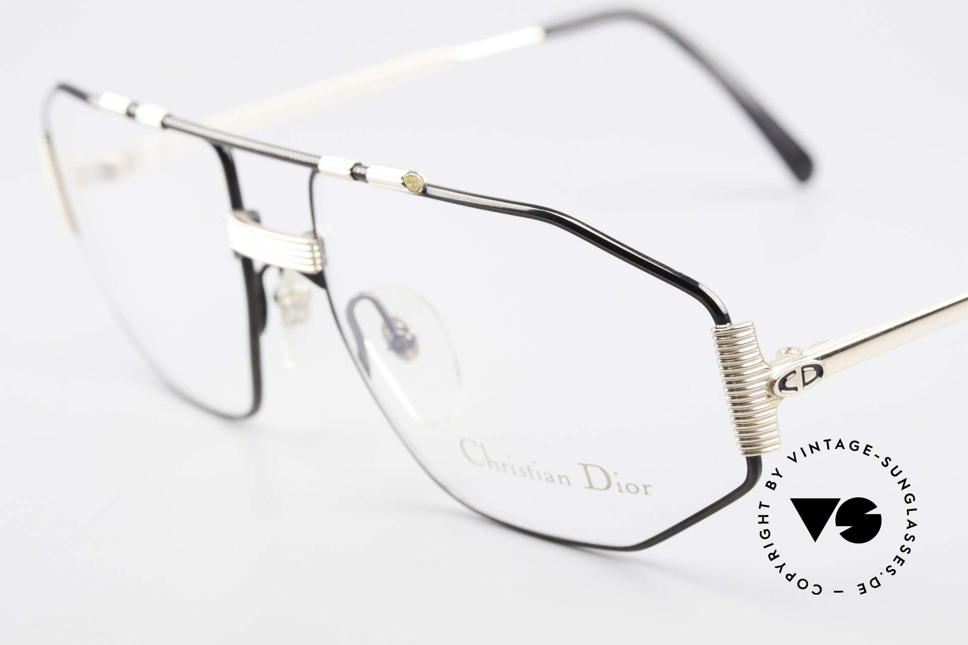 Christian Dior 2516 80's Gold Plated Vintage Frame, unworn (like all our vintage C.Dior eyeglass-frames), Made for Men