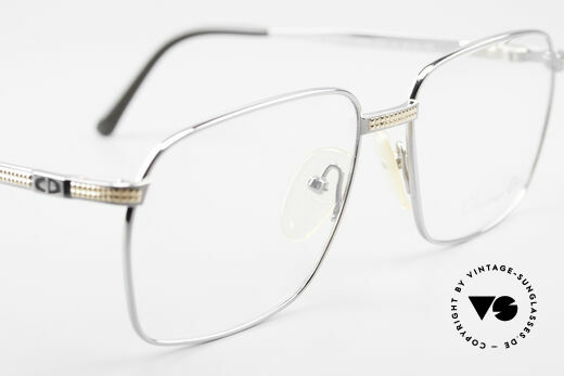 Christian Dior 2791 Titanium Eyeglass-Frame 90's, the frame (medium size 58/16) fits optical (sun) lenses, Made for Men
