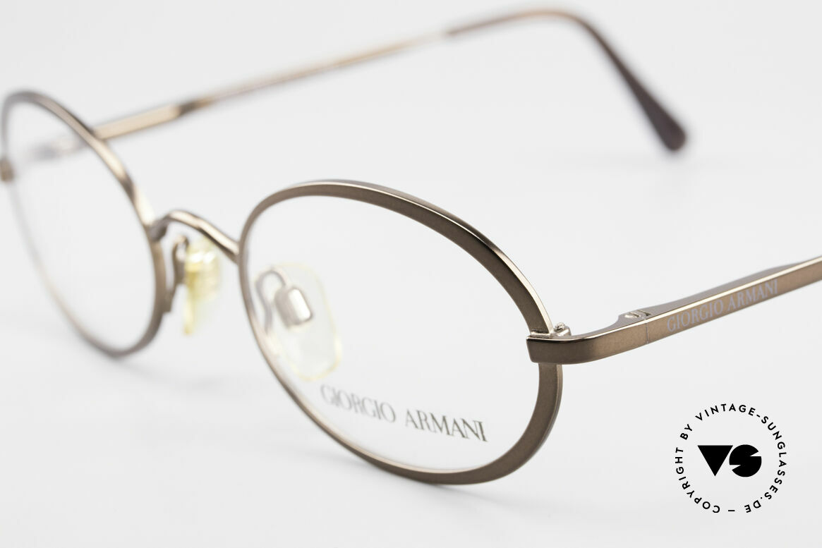 Giorgio Armani 277 90's Rare Vintage Frame Oval, never worn (like all our 1990's designer classics), Made for Men and Women