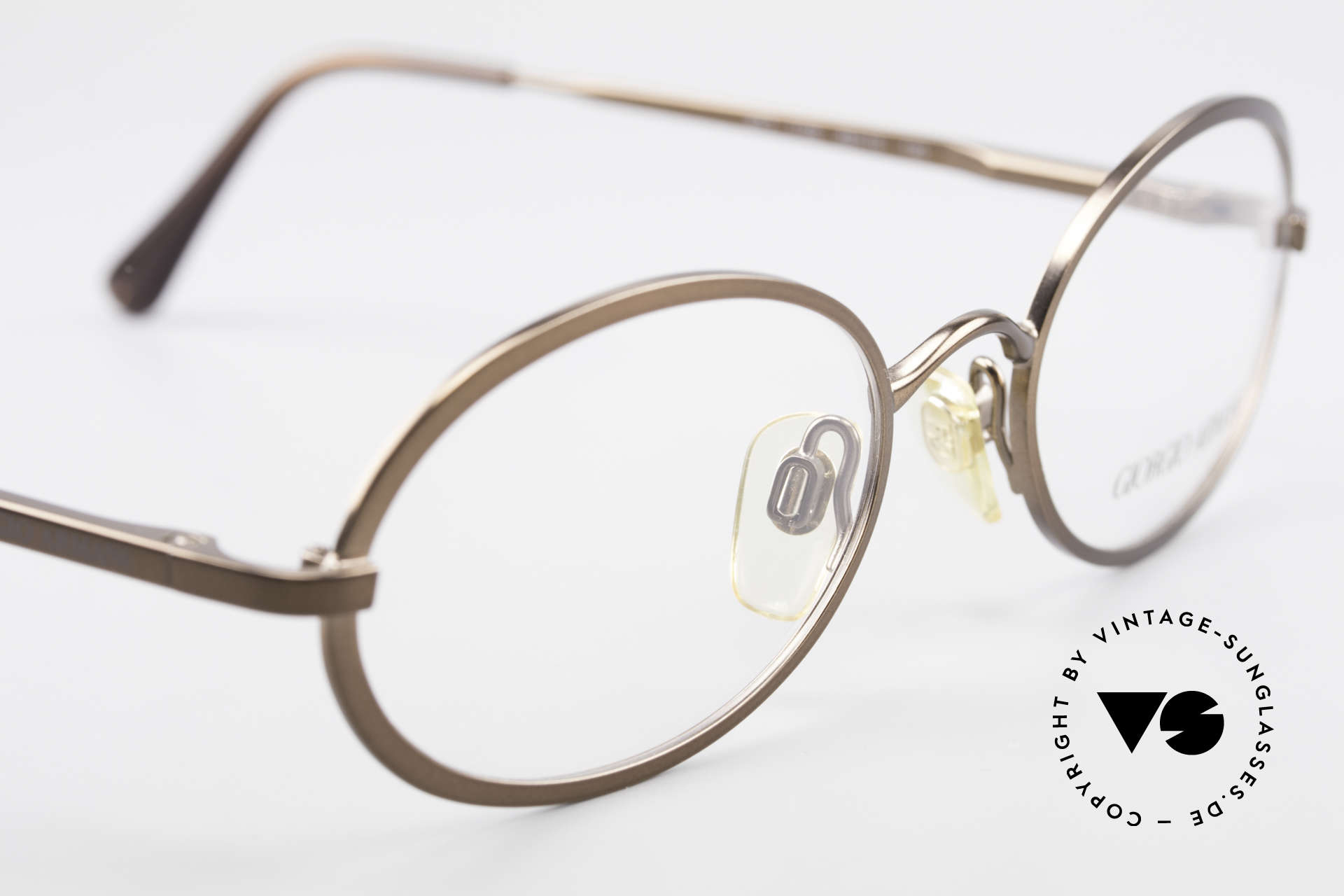 Giorgio Armani 277 90's Rare Vintage Frame Oval, NO RETRO EYEWEAR, but a 25 years old Original, Made for Men and Women