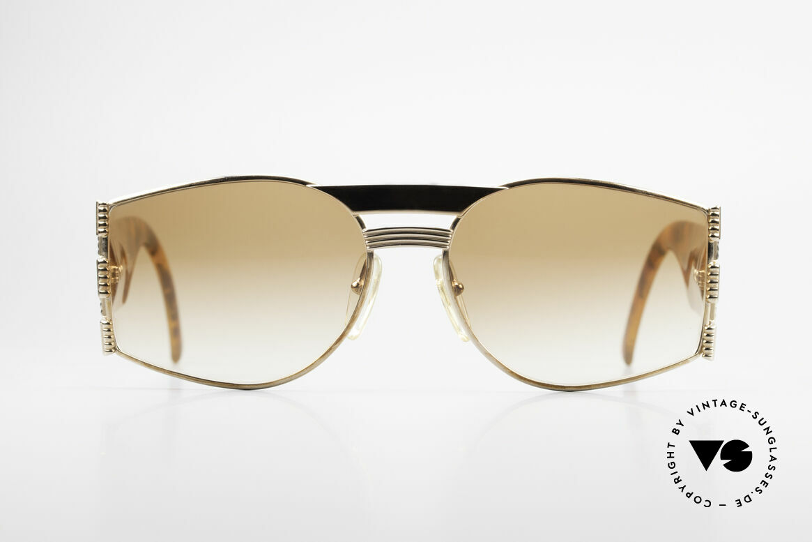 Christian Dior 2562 Vintage Designer Frame 80's, ostentatious vintage DIOR sunglasses from the 80's, Made for Men and Women