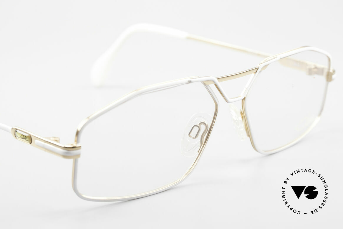 Cazal 729 Vintage Specs NO Retro Frame, NO RETRO EYEWEAR, but a 30 years old ORIGINAL!, Made for Men