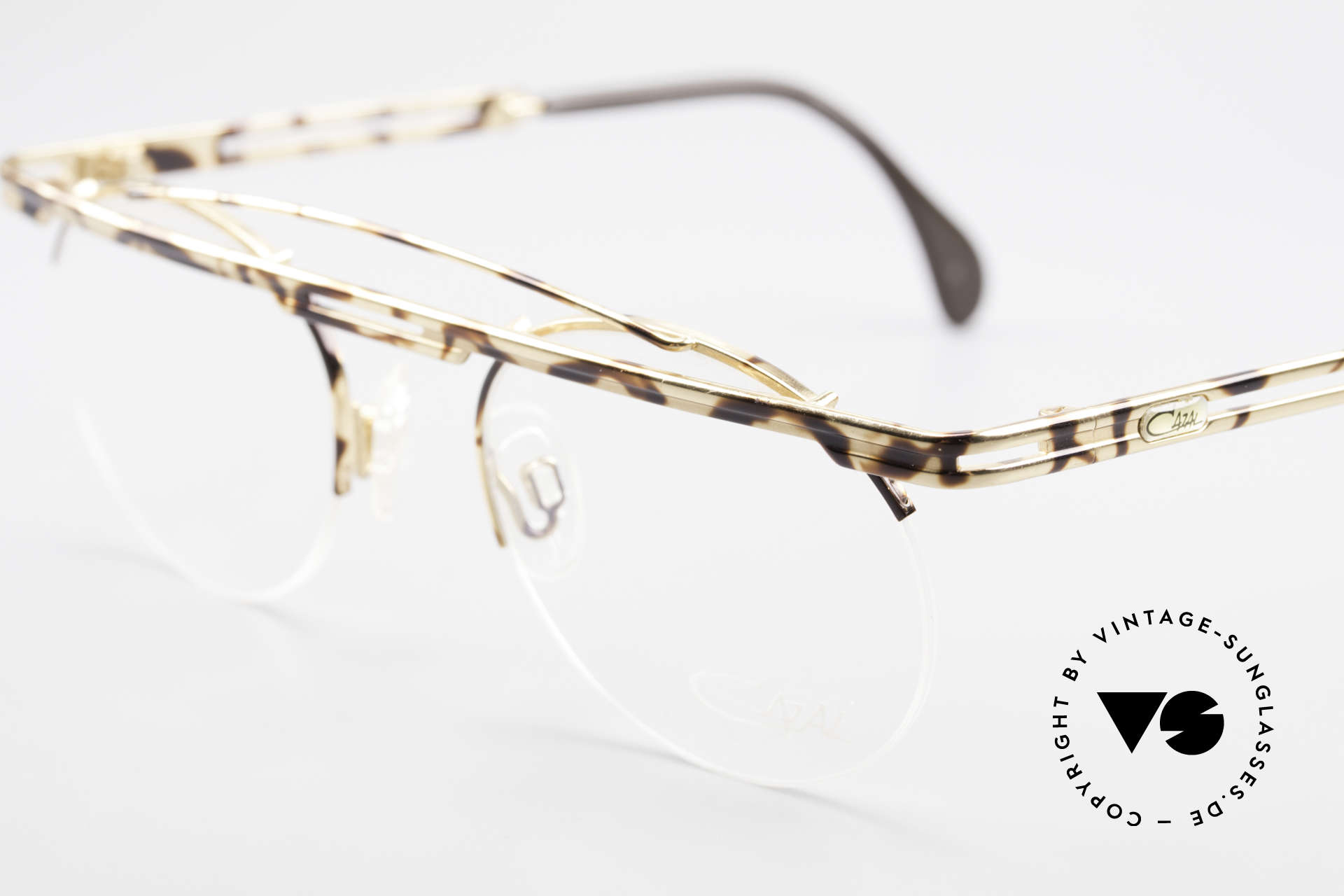 Cazal 748 Rare Vintage No Retro Glasses, color description in the old catalog: gold-brown mottled, Made for Men and Women