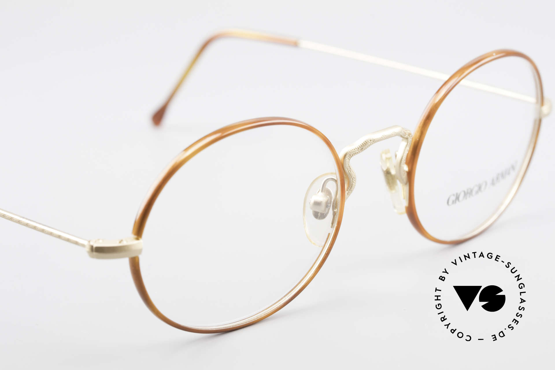Giorgio Armani 247 90's Oval Eyeglasses No Retro, frame can be glazed with optical lenses / sun lenses, Made for Men and Women