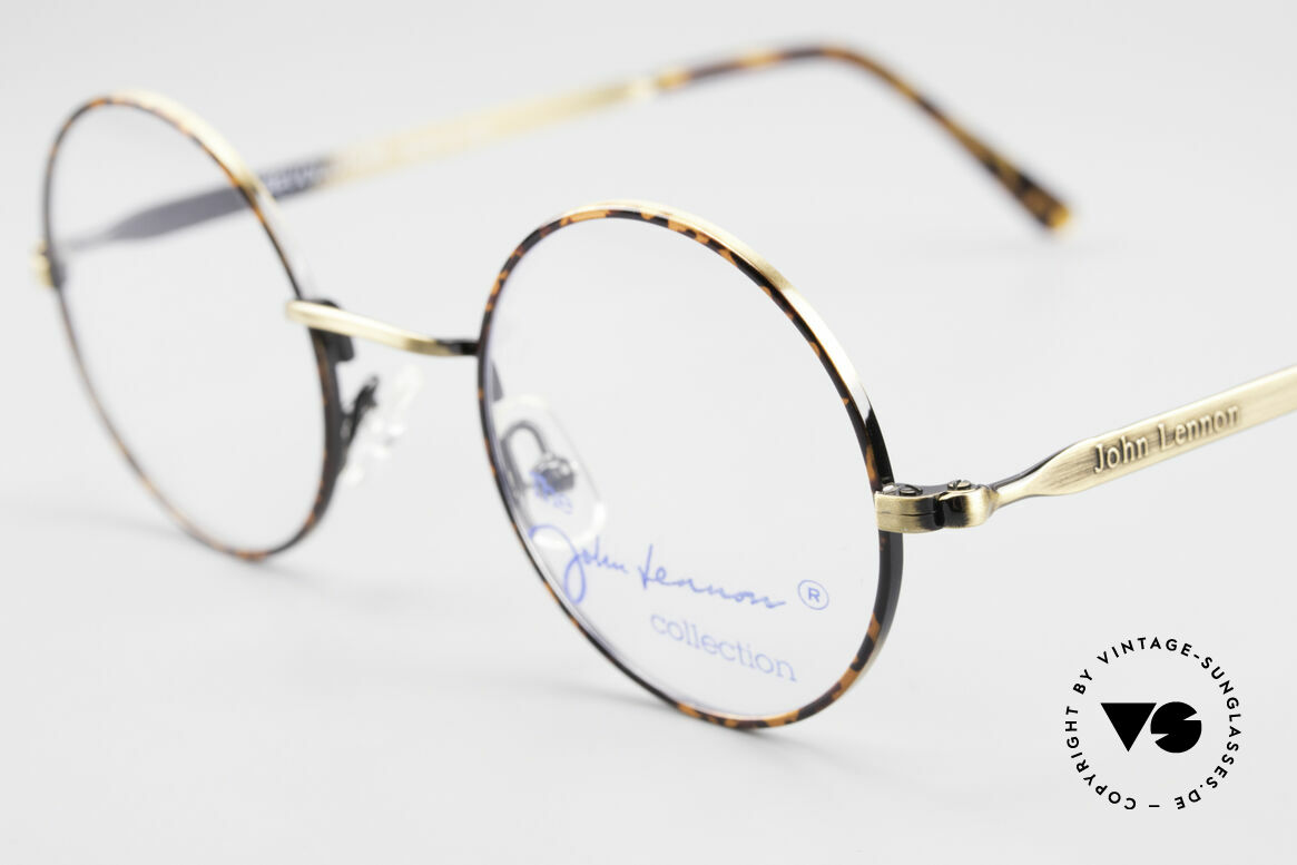 John Lennon - Revolution Small Round Vintage Glasses, typical distinctive eyewear look of the Hippie era, Made for Men and Women