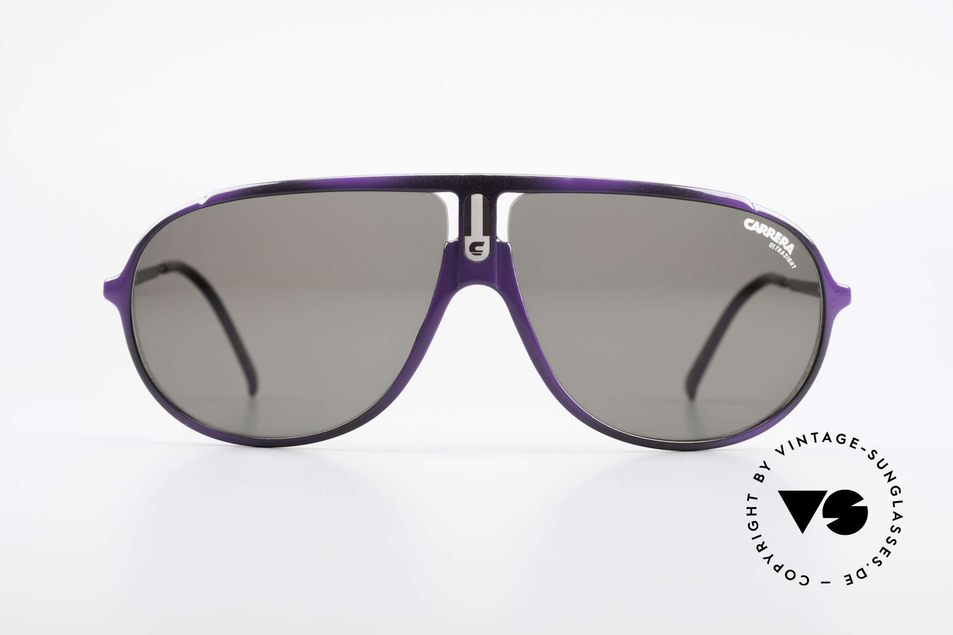 Carrera 5467 Carbon Fibre Shades Vintage, lightweight and very sturdy frame (carbon fibre), Made for Men