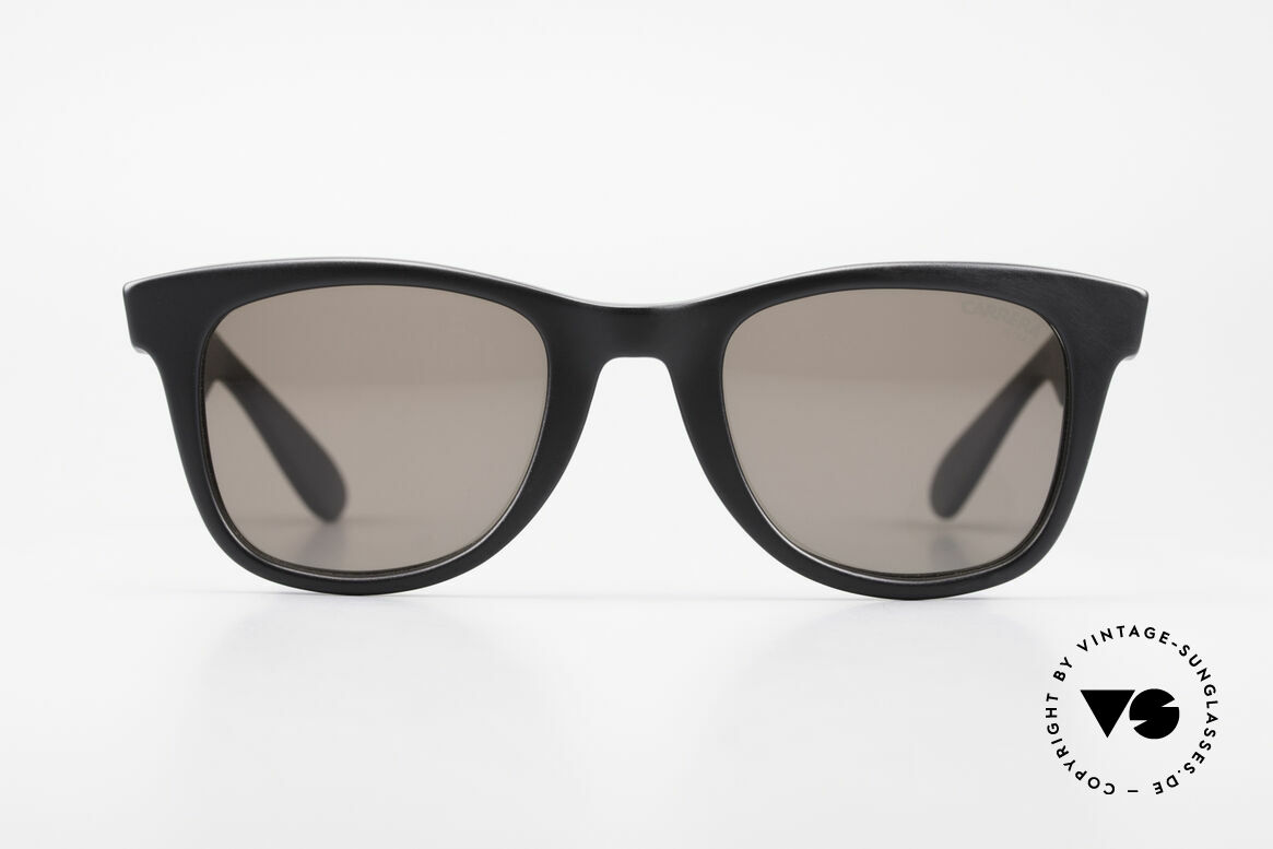 Carrera 5447 90's Sunglasses Wayfarer Style, everlasting Optyl-frame shines like just produced, Made for Men and Women