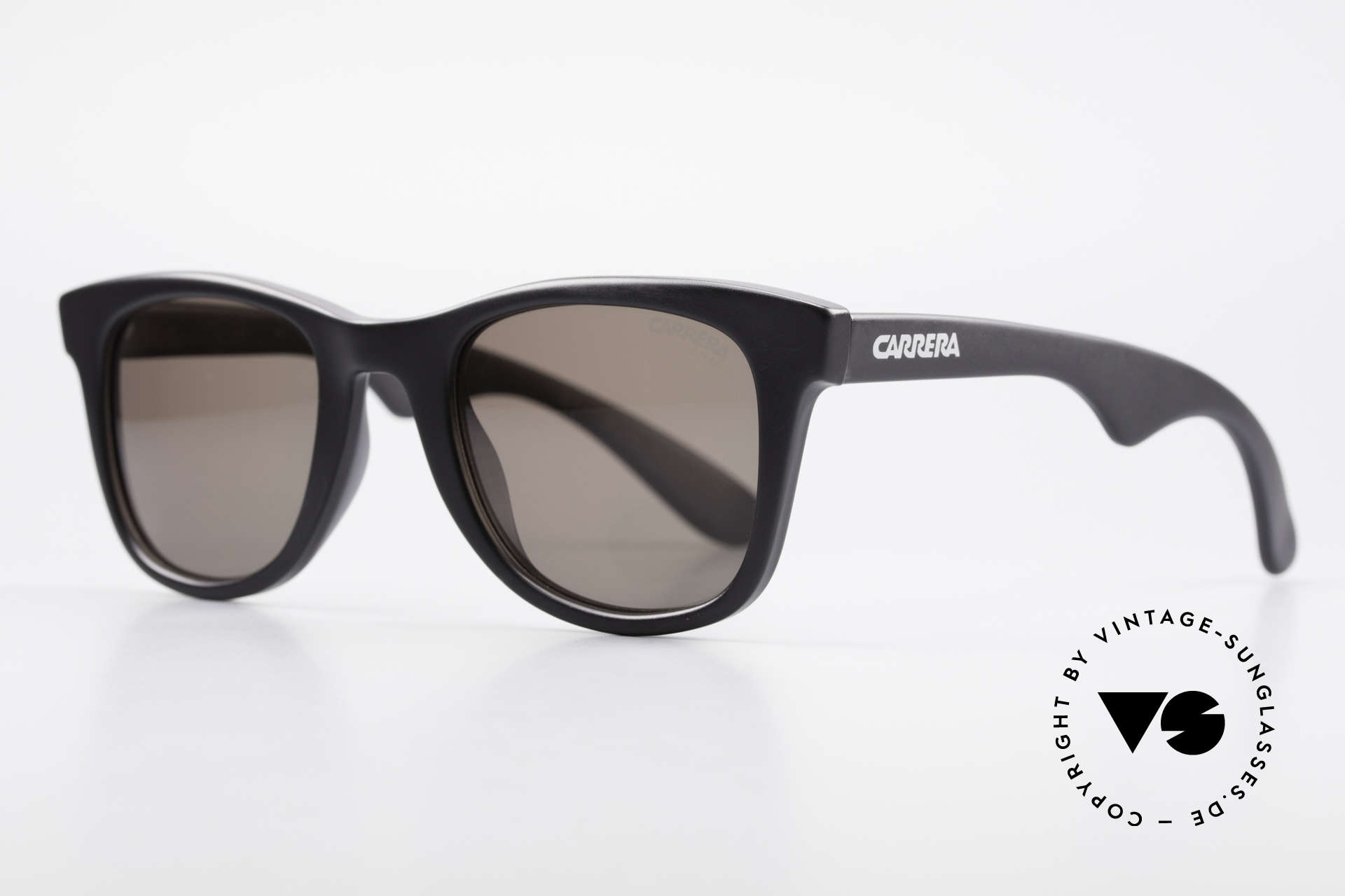 Carrera 5447 90's Sunglasses Wayfarer Style, high-end quality (100% UV) and 1st class comfort, Made for Men and Women
