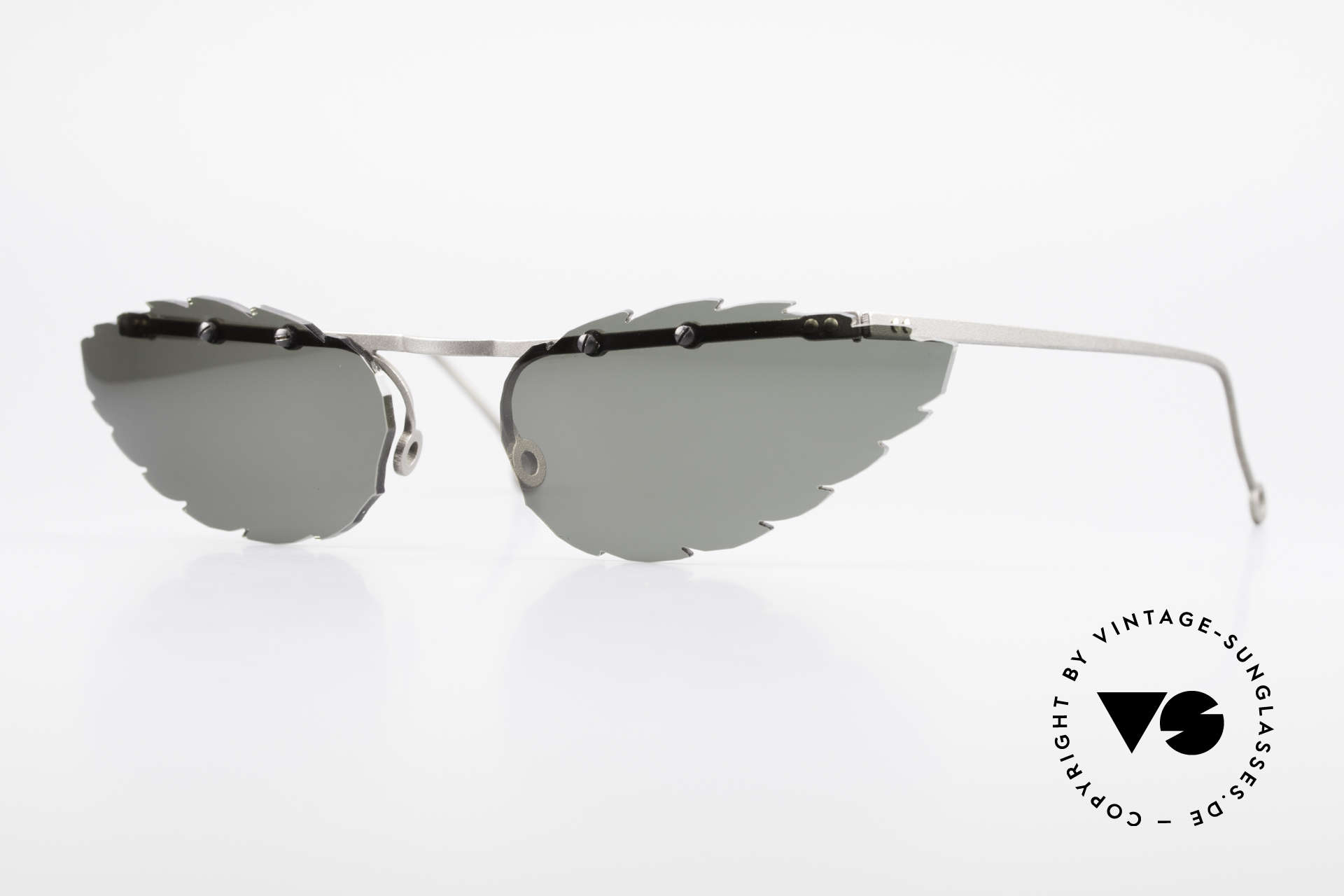 Theo Belgium Asis Lenses shaped like a leaf, Theo Belgium: the most self-willed brand in the world, Made for Men and Women