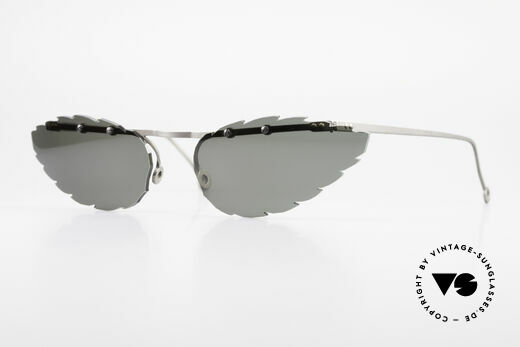 Theo Belgium Asis Lenses shaped like a leaf Details