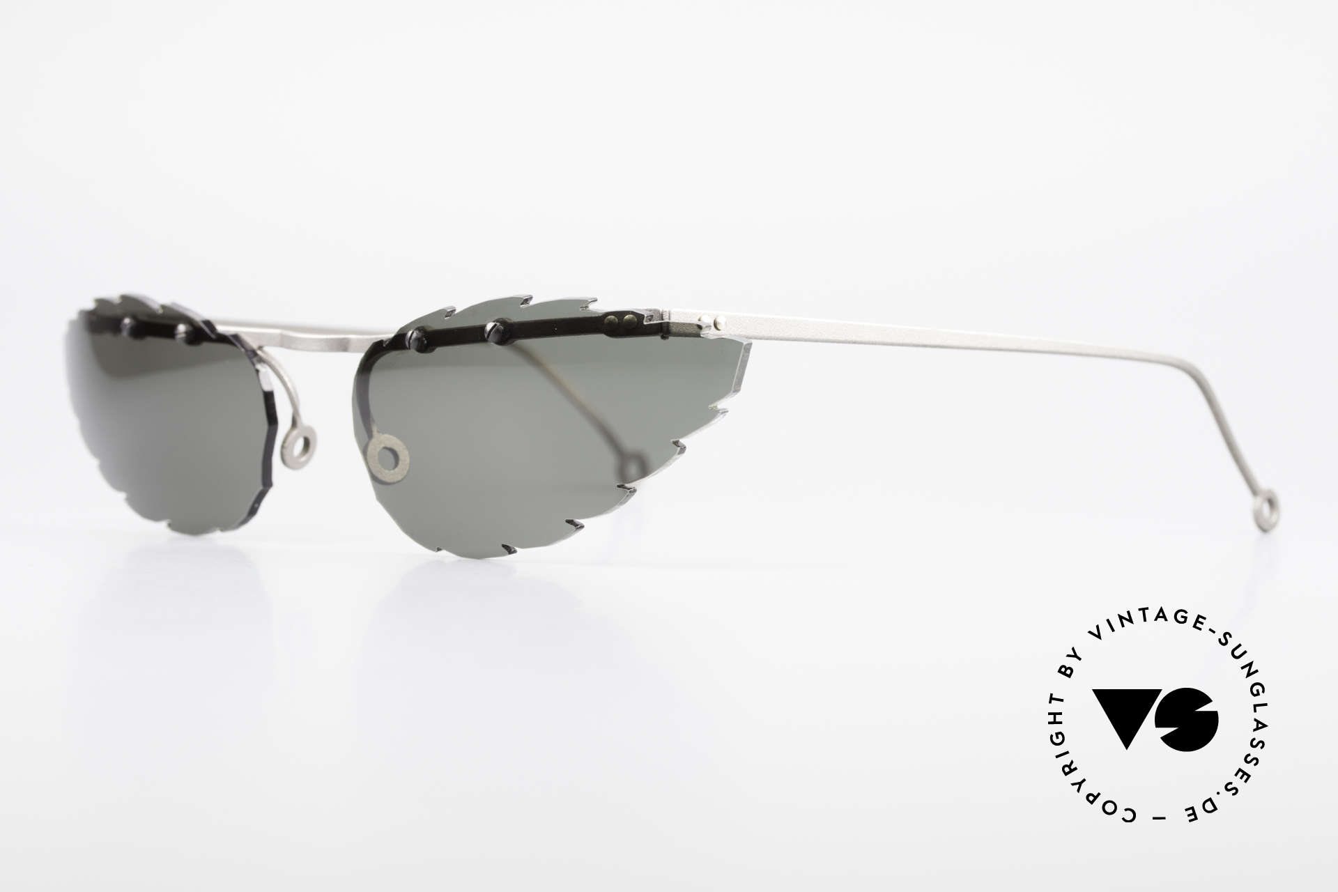 Theo Belgium Asis Lenses shaped like a leaf, made for the avant-garde, individualists; trend-setters, Made for Men and Women