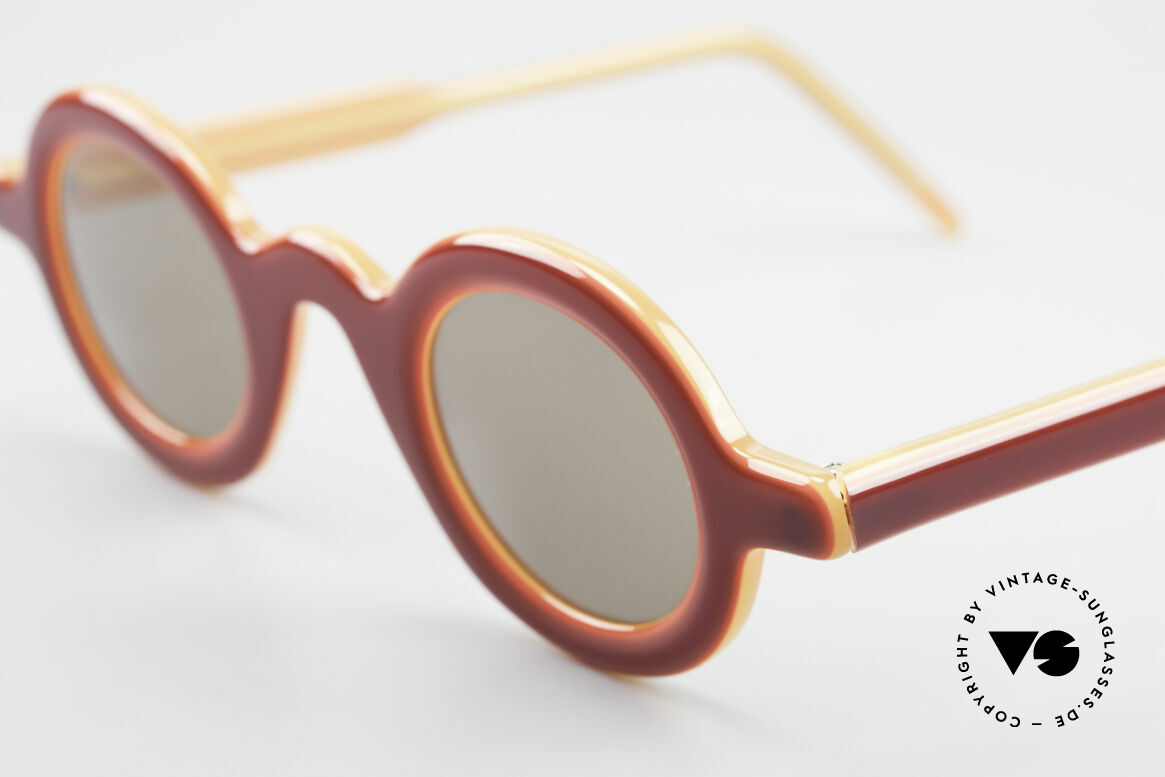Theo Belgium Model 88 Satisfashion by Theo Belgium, made for the avant-garde, individualists; trend-setters, Made for Men and Women