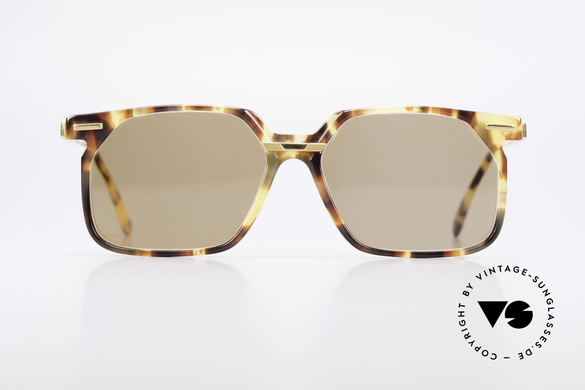 Cazal 646 Vintage Cazal No Retro Cazal, complex pattern in the semi-ransparent acetate, Made for Men