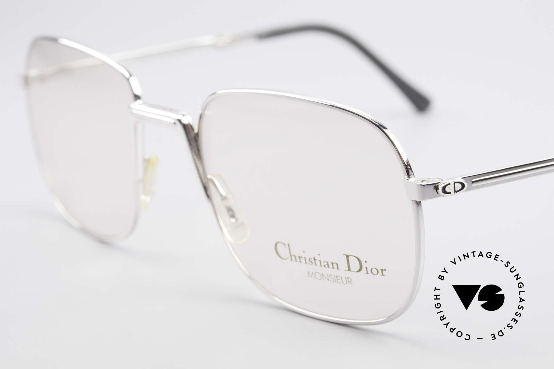 Christian Dior 2288 Folding Eyeglasses Monsieur, unworn (like all our vintage C. Dior designer eyewear), Made for Men