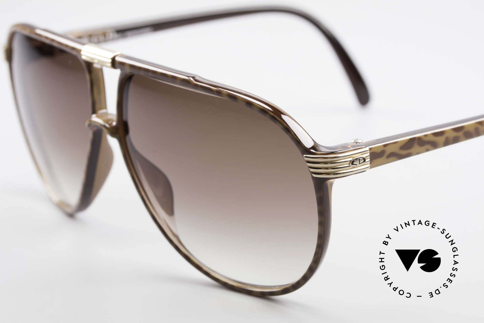 Christian Dior 2300 80's Aviator Sunglasses, Optyl material does not seem to age (built to last), Made for Men