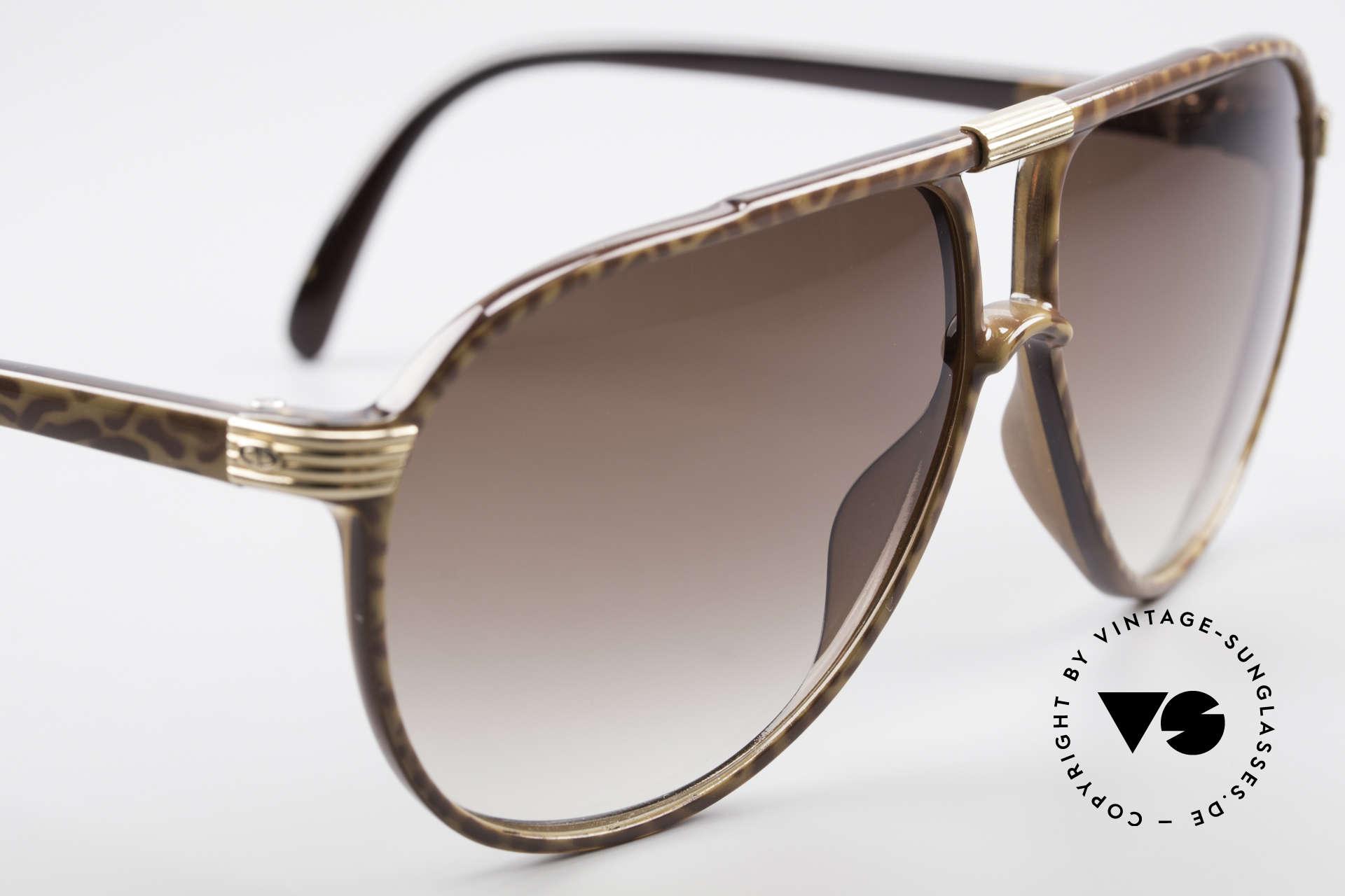 Christian Dior 2300 80's Aviator Sunglasses, brown-gradient sun lenses (100% UV protection), Made for Men