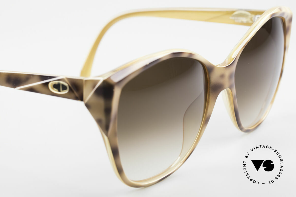 Christian Dior 2233 XL 80's Ladies Sunglasses, unworn condition (like all our Christian Dior rarities), Made for Women