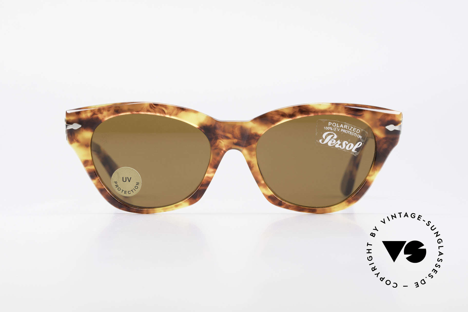 Persol 842 Ratti Classic Ladies Sunglasses, classic timeless design & best craftsmanship, Made for Women