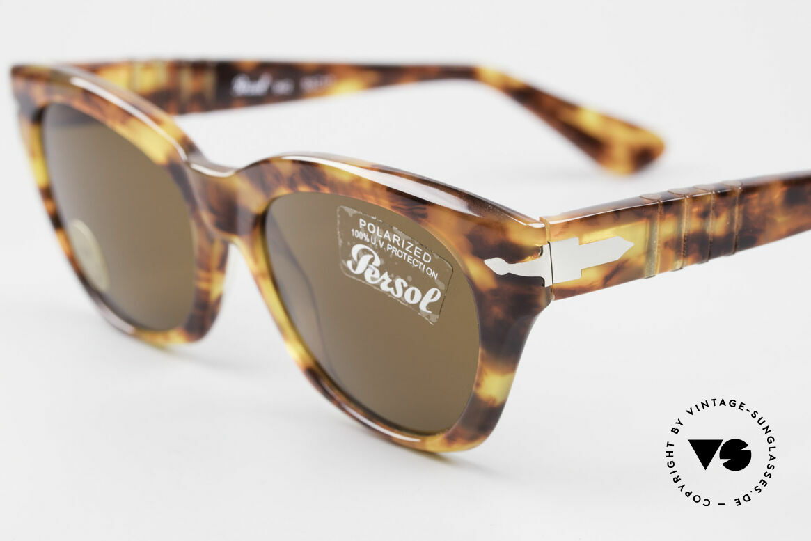Persol 842 Ratti Classic Ladies Sunglasses, unworn (like all our vintage PERSOL glasses), Made for Women