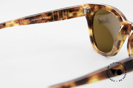 Persol 842 Ratti Classic Ladies Sunglasses, sun lenses could be replaced with prescriptions, Made for Women