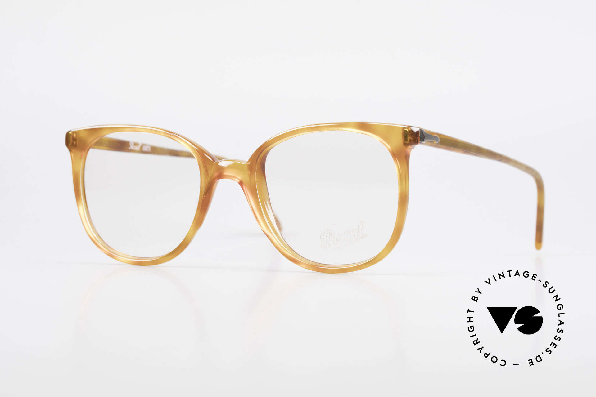 Persol 09181 Ratti Old Vintage Eyeglasses 80's, classic eyeglass-frame by Persol Ratti of the 80's, Made for Men and Women