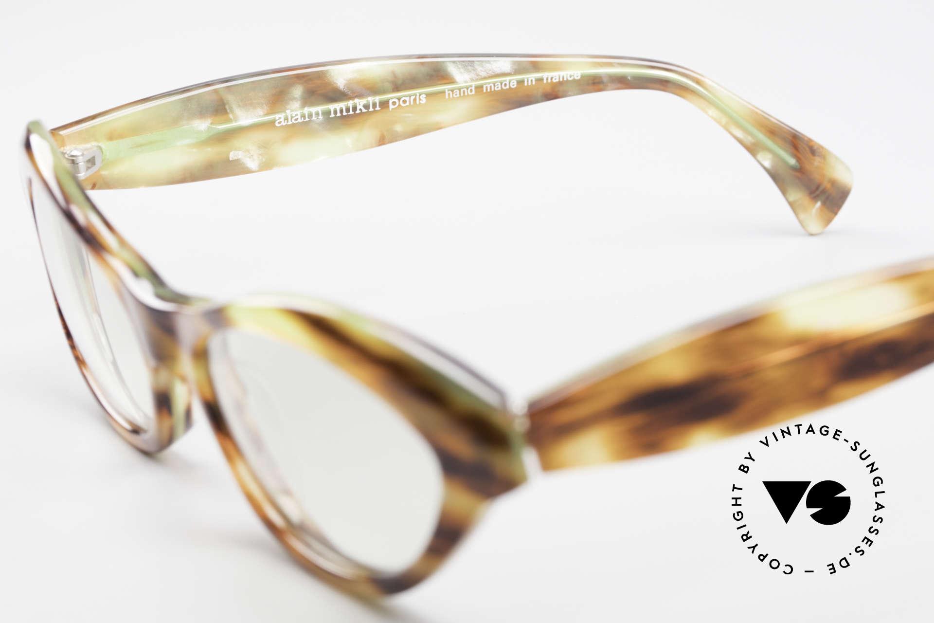 Alain Mikli 2112 / 1036 80's Cateye Designer Shades, unworn (like all our vintage Mikli Paris eyewear), Made for Women