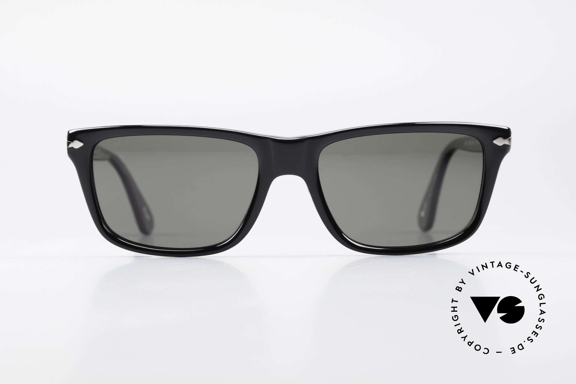 Persol 3026 Classic Sunglasses Polarized, classic timeless design and best craftsmanship, Made for Men and Women