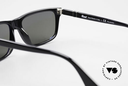 Persol 3026 Classic Sunglasses Polarized, sun lenses could be replaced with prescriptions, Made for Men and Women