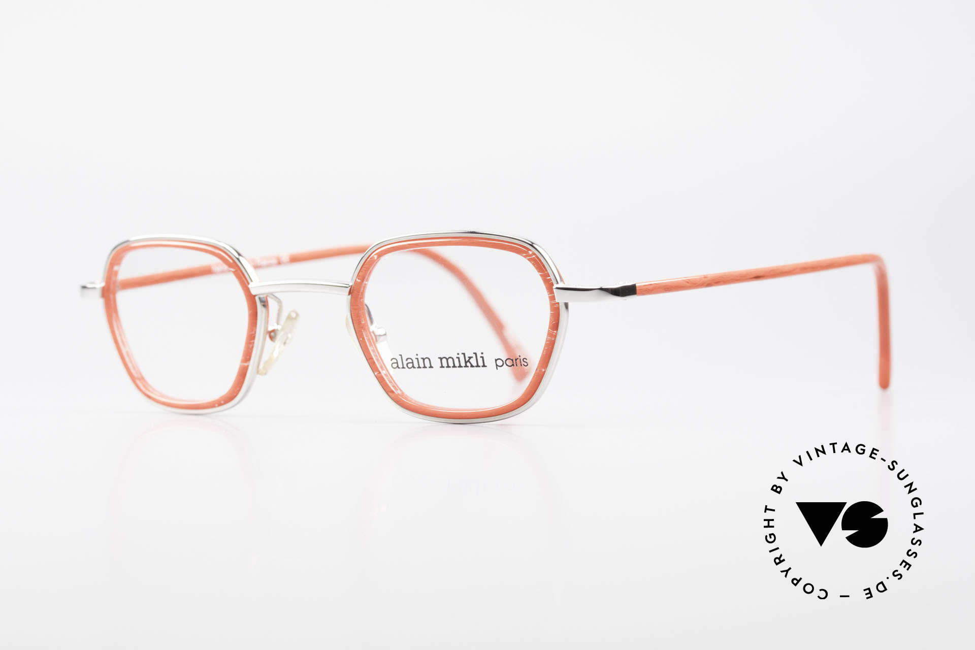 Alain Mikli 1642 / 1006 Vintage Eyeglasses Mikli Red, an extraordinary model for ladies (truly UNIQUE!), Made for Women